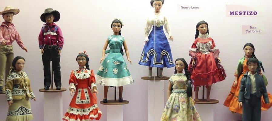 Vestidos de tradición, por amor a México
