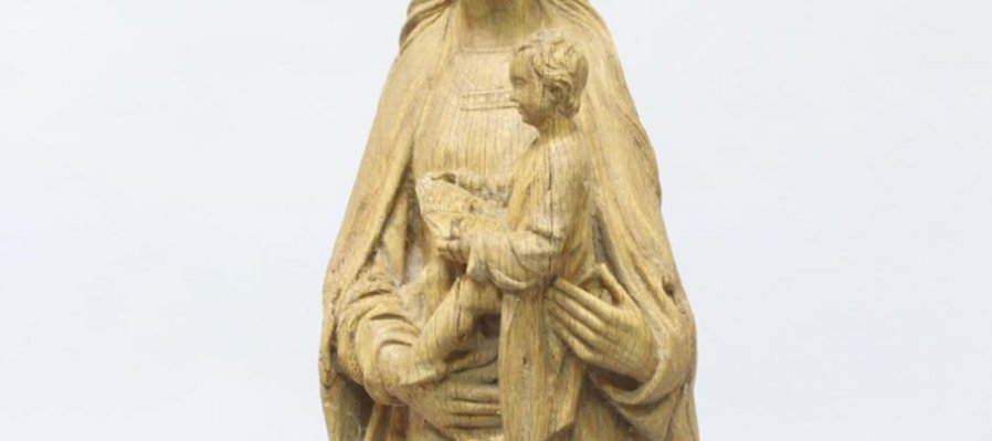 Sculptures of the Virgin with the Child
