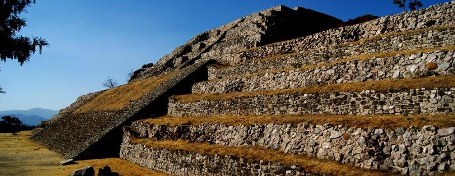 Zona arqueológica de Xochicalco. Morelos